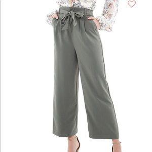 Bb Dakota go with the flow dress pants